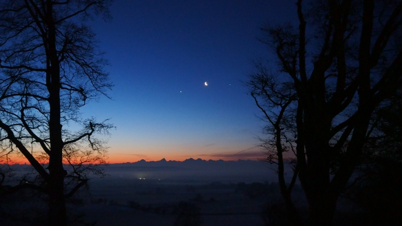 Moon Venus and Jupiter in a January Morning Sky (2019)