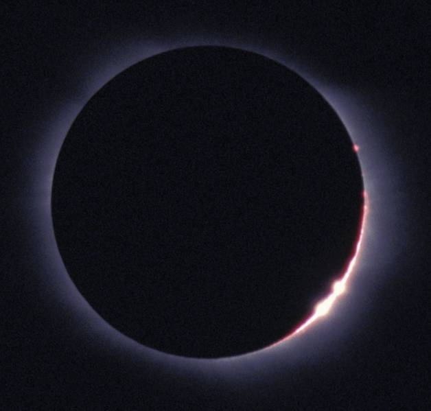 ECLIPSE_2006-03-jf09