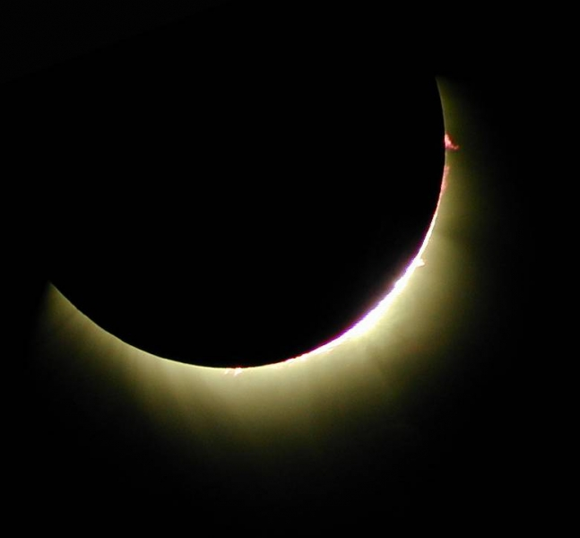 ECLIPSE_2006-03-mc_01