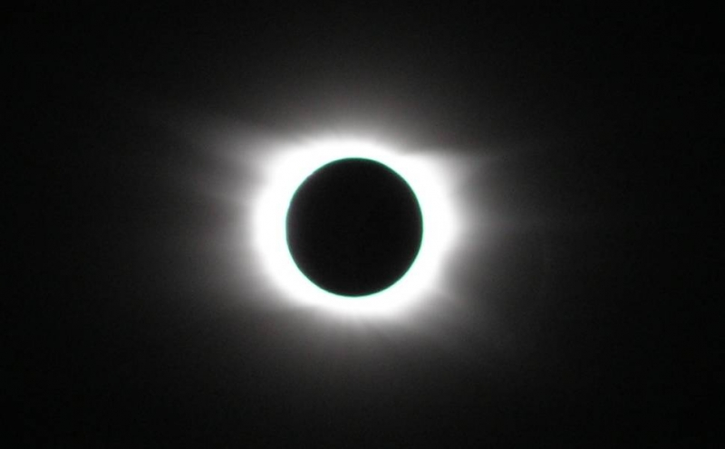 ECLIPSE_2006-03-mr_01
