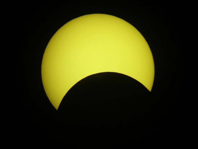 ECLIPSE_UK2005_0931ut